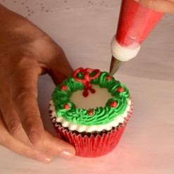 Cupcake wreath natal